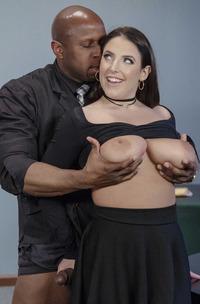 Big Boobs Pornstar Angela White Gets Facial