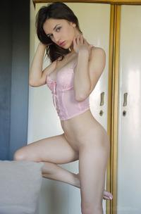 Erotic Brunette Girl Gloria Sol