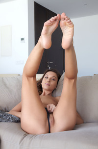 Gorgeous Sabrisse A Pussy And Ass Show