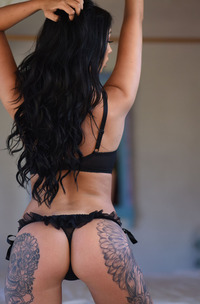 Hot Tattooed Babe Anya Leigh