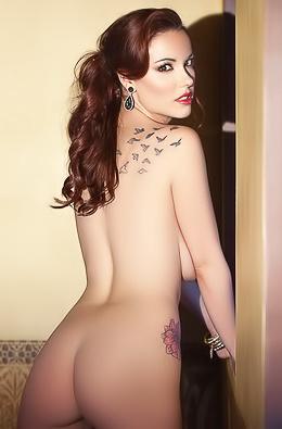 Elizabeth Marxs Free Playboy Gallery