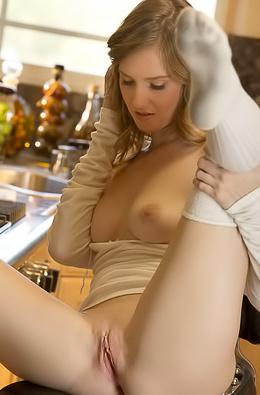 Ashley Lane - Belada