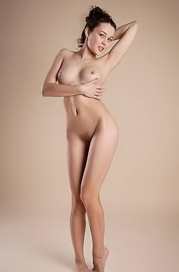 Sexy Marla Is Naked In The Studio