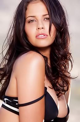 Outdoorsy Brunette Cali Logan Modeling Topless