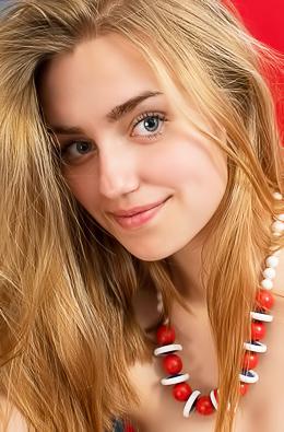 Susann Crazy Beauty Teen