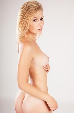 Sweet Naked Alisha