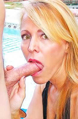 Milf Babe Nicole Moore Banged Hard