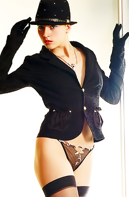 Topless Fashion Model Sima