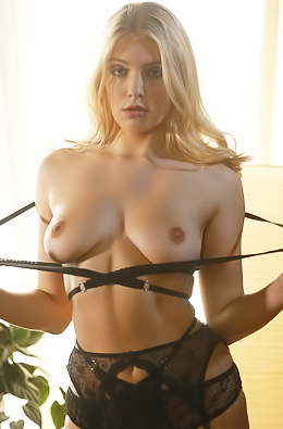 Bound Hotwife Giselle Is Ready To Please