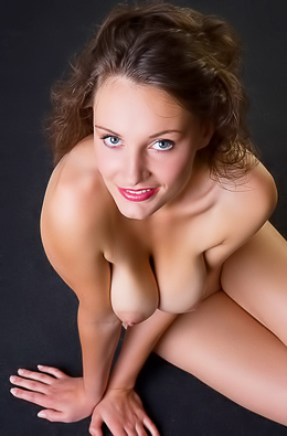 Naked hottie, boobs and pussy.