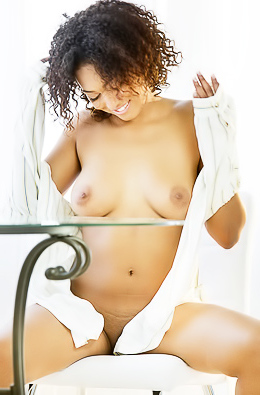 Elite Black Model Noelle Monique