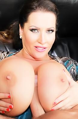 Laura Orsoia Huge Boobed Milf Porn