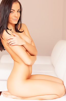 stunning Czech beauty Sapphira A loves playing