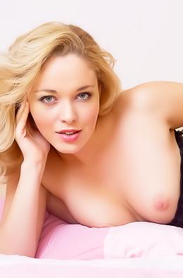 Blonde Alissa Fine Ass