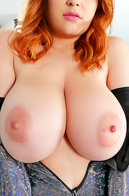 Tessa Fowler Showing Her Big Breasts