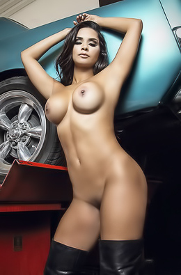 Leidy Yalena Showing Her Big Boobs Near Mustang