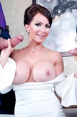 Catalina Cruz Pussy Fucked