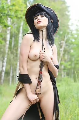 Malena Fendi Teen Beauty Stripping
