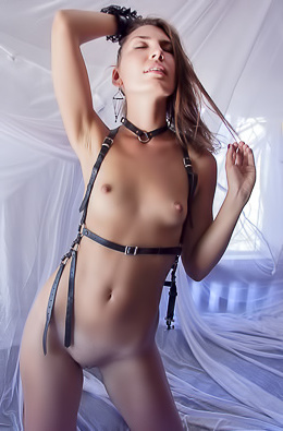 Noelia - Uncovered