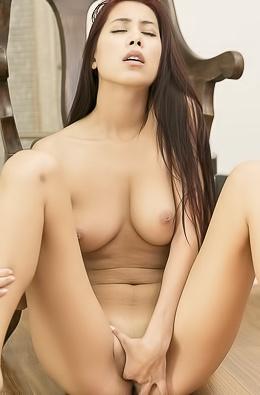 Hot Lustful Babe Paula Shy
