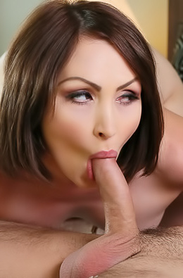 Big Titted Mature Pornstar Yasmin Scott Gets Nailed