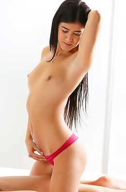 Hottie rubs naked dude.