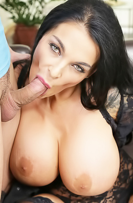 BBW Sandra Sturm Making Good Blowjob
